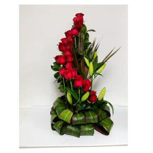 25 premium roses with compliment in a spiral